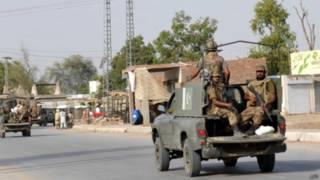 Tropas paquistaníes regresan de Waziristán del Norte en junio
