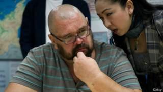 Alexander Matusov con traductora tailandesa
