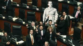 Con 78 votos a favor y 26 en contra la ley fue aprobada en la cámara alta del Congreso mexicano.