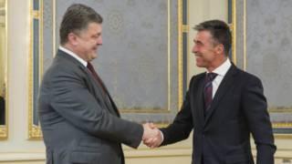 Petro Poroshenko, Anders Fogh Rasmussen