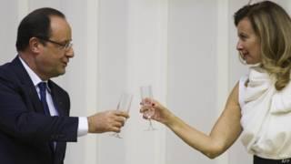 Hollande e Vallerie / Crédito: AFP