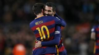 Bos Barcelona kecam taktik Espanyol 'bagaikan sepakbola Amerika' – BBC Indonesia