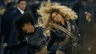 Beyoncé con bandoleras