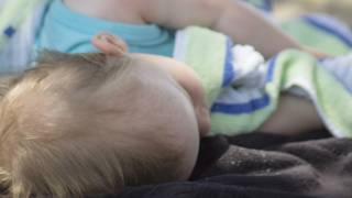 Bebé inconsciente