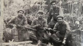 Camilo Torres (derecha, abajo), con un grupo de guerrilleros