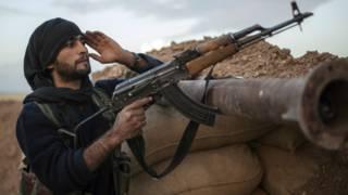 Un combatiente kurdo