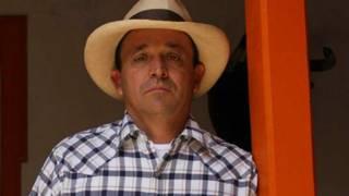 Santiago Uribe, hermano menor del expresidente Álvaro Uribe, fue capturado en la ciudad de Medellín, Antioquia.