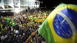 Protestas frente al palacio de gobierno de Planalto, Brasilia.