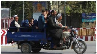 د کندوز جګړې ۶مه ورځ، درې سیمې له طالبانو بېرته نیولې شوي