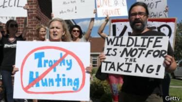 Protestas contra Walter Palmer