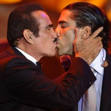 Vicente Fernández y Alejandro Fernández