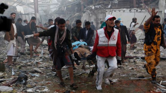 161008162735_yemeni_medics_and_rescue_workers_624x351_afp.jpg