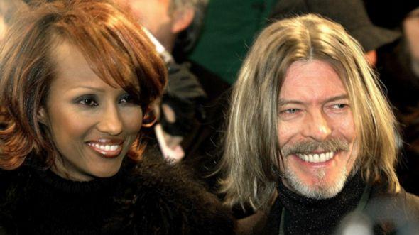 David Bowie junto a su esposa, Iman