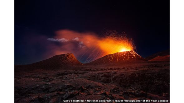 El volcán La Fournaise por Gaby Barathieu / National Geographic Travel Photographer of the Year Contest