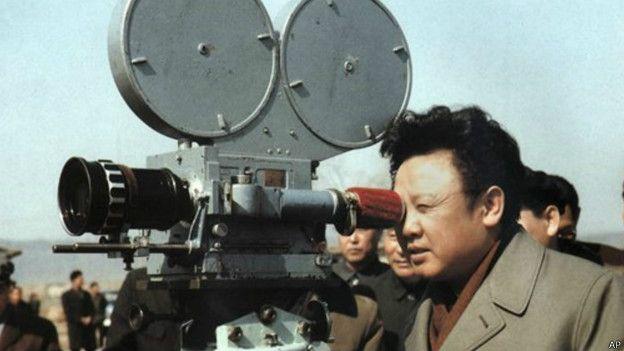 Kim Jong-il detrás de las cámaras