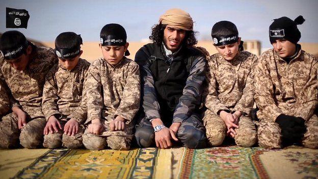 Юные бойцы ИГ: шокирующая технология создания детей-террористов