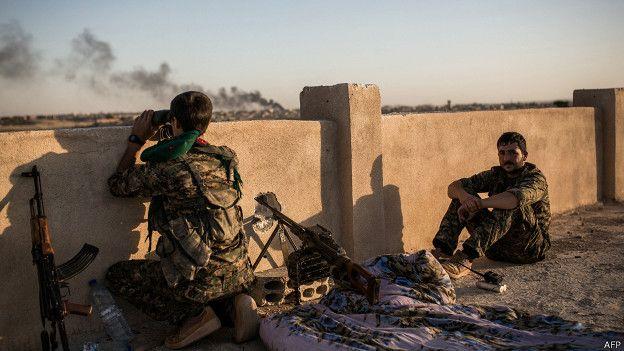 Combatientes kurdos