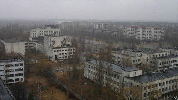 ¿Por qué Hiroshima y Nagasaki están habitadas y Chernóbil no? 150807152948_sp_chernobyl_624x351_bbc