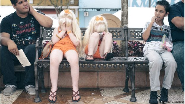 Niñas albinas