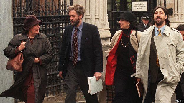 Corbyn y los familiares de Allende, Letelier y Prats.