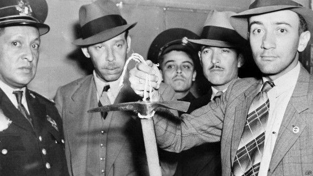 Мексиканские полицейские с ледорубом