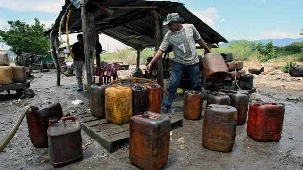 Gasolina en la frontera