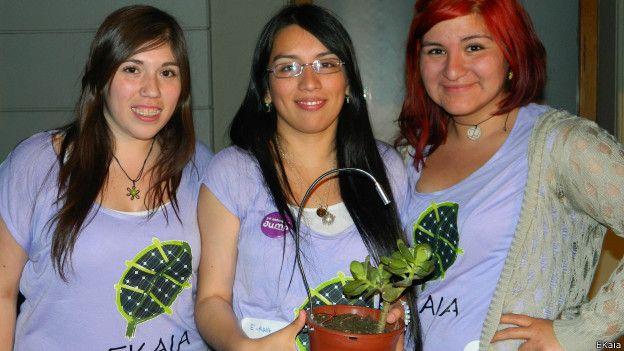 Chilenas desenvolvem dispositivo que usa planta para carregar celular