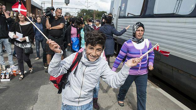 Количество беженцев, готовых уехать из Дании в обмен на денежную компенсацию, падает