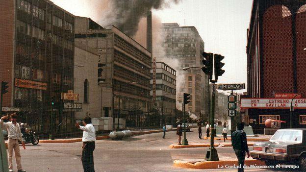 Esquina de las avenidas Reforma y Balderas, en el centro de Ciudad de México.