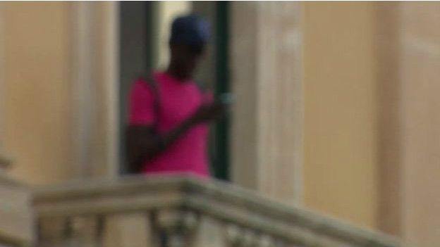 niños migrantes en Italia