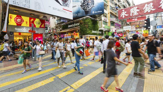 Personas en las calles de Hong Kong