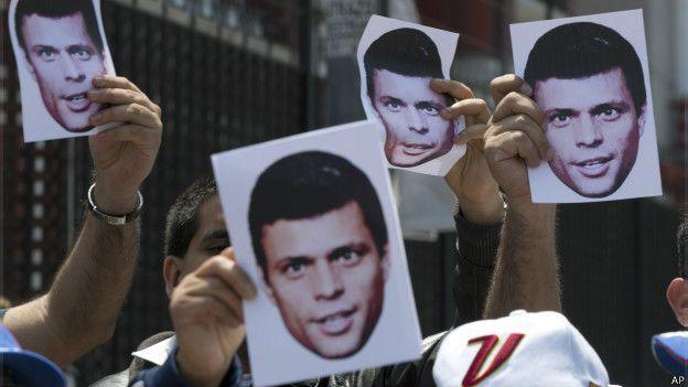 Protesta pidiendo la liberación de Leopoldo López