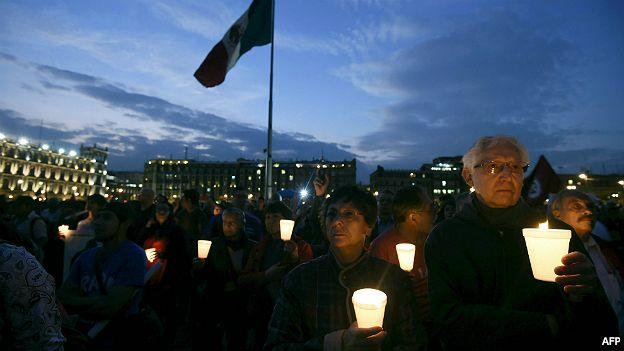 Protesta por los 43 estudiantes de Ayotzinapa