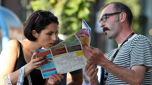 Вероятность случайных встреч увеличивается, когда вы путешествуете в одиночку