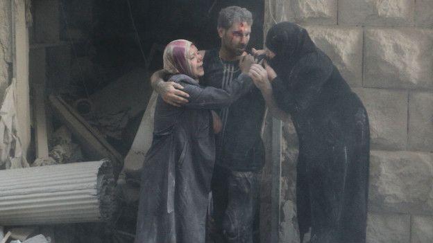 Civiles heridos en Siria.
