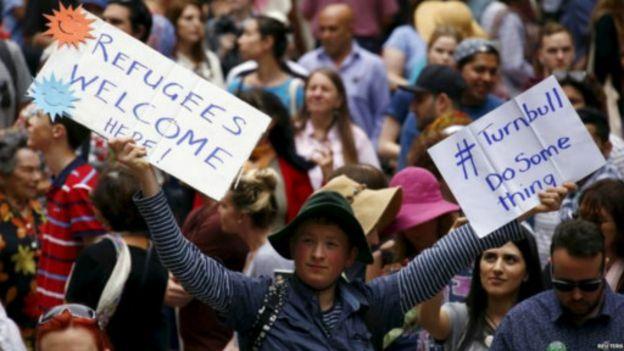 151012111540_refugee_demo_australia_512x