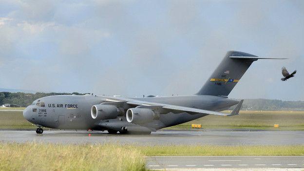Un avión de carga C-17 de la Fuerza Aérea de Estados Unidos