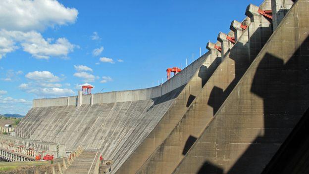 http://ichef-1.bbci.co.uk/news/ws/624/amz/worldservice/live/assets/images/2015/10/28/151028154314_venezuela_electricidad_hidroelectrica_guri_624.jpg