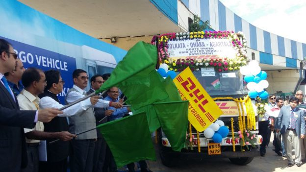 bangladesh_india_transit_truck_ceremony