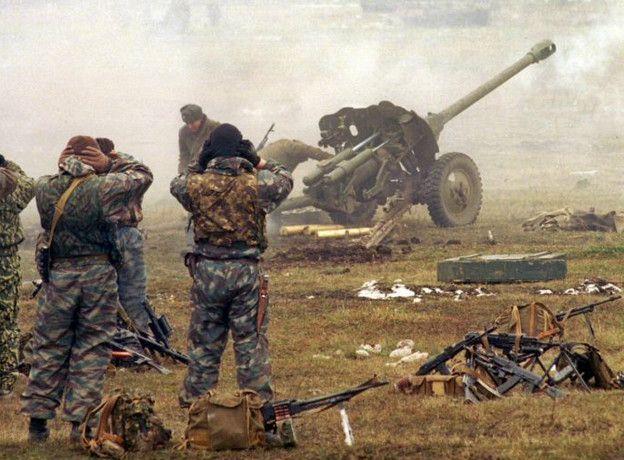Российская артиллерия обстреливает позиции чеченских боевиков