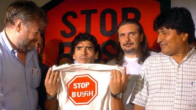 Diego Armando Maradona y Evo Morales