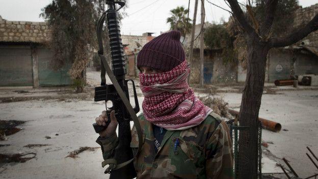Una miliciana turcomana