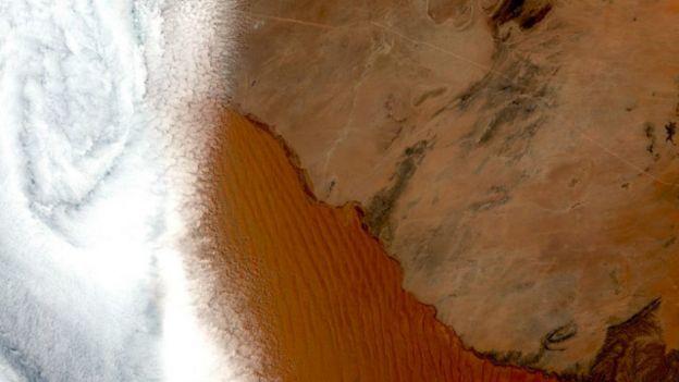 Resultado de imagem para deserto da namíbia, imagens do landsat