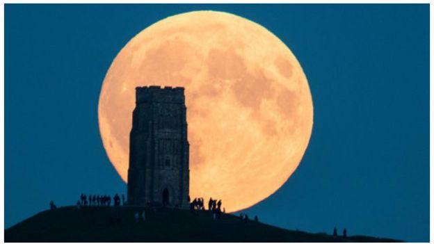 Satélite a quase 2 milhões de km da Terra captura imagem inédita de eclipse lunar