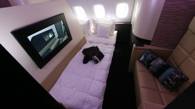 Una suite en un avión de Etihad