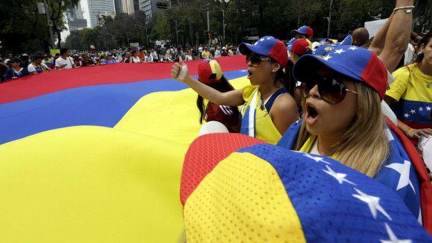 Marcha de venezolanos en México