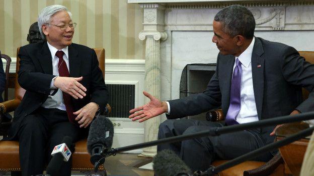 Barack Obama y Nguyen Phu Trong