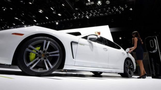 El Porsche Panamera fue una de las sorpresas esperadas de la edición 2016 del Salón del Automóvil en Detroit, EE.UU.