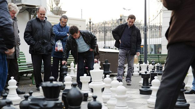 http://ichef-1.bbci.co.uk/news/ws/624/amz/worldservice/live/assets/images/2016/01/22/160122092916_boring_geneva_playing_street_chess_624x351_thinkstock_nocredit.jpg