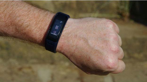 Un dispositivo para monitorear el desempeño en ejercicio